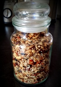 Isabel Essen Healthy Eats_Home-made granola (211x300)